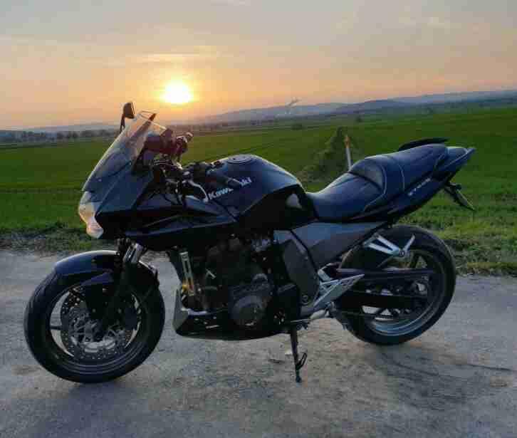 Kawasaki z750s, sehr gepflegt, viel Zubehör, Sportauspuff, Bagster Sitzbank z750