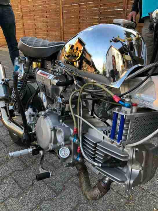 Sky Team Monkey Custom Bike