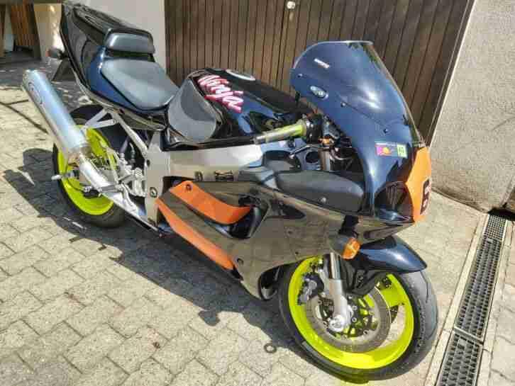 Kawasaki ZX 7R Rennmotorrad