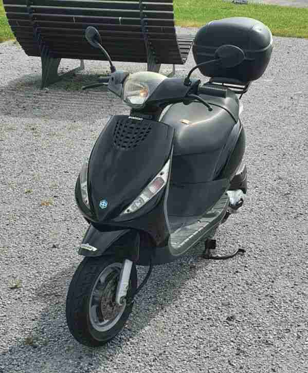 Piaggio Zip C25 (Mofa Roller, Zweitakter, 50ccm, 7000km), Topcase
