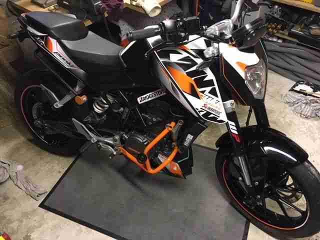 ACHTUNG!! Riko's KTM DUKE 125 absolutes Einzelstück (bekannt im Umkreis DN AC)