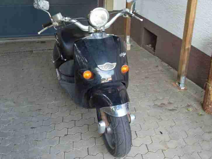 Aprilia Habana 125 TÜV 07 22 sehr wenig km viele Neuteile ! Reifen geschenkt !