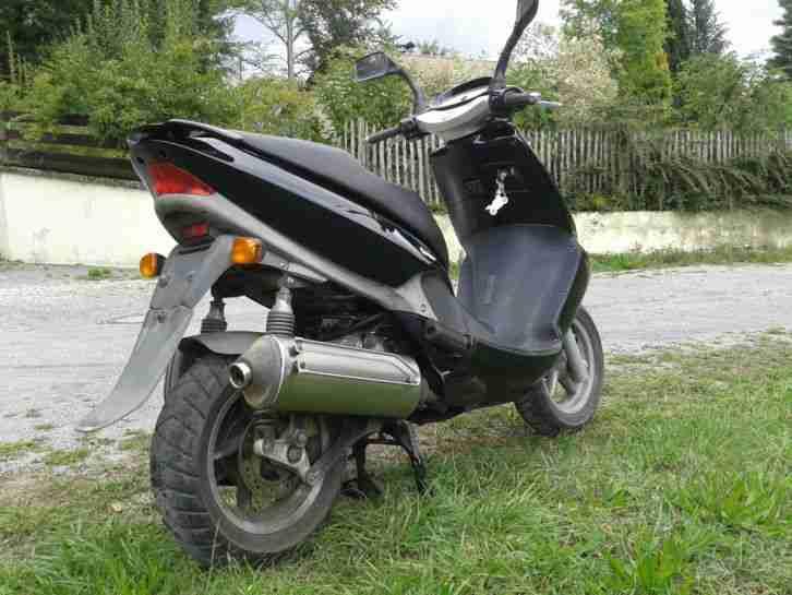 aprilia leonardo 125 1996 motorroller bestes angebot von. Black Bedroom Furniture Sets. Home Design Ideas