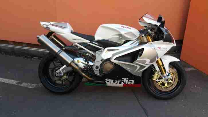 Aprilia RSV 1000 RR