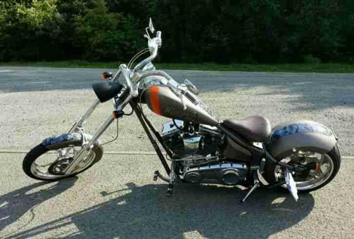 Big Dog K9 Softtail custom chopper 300er