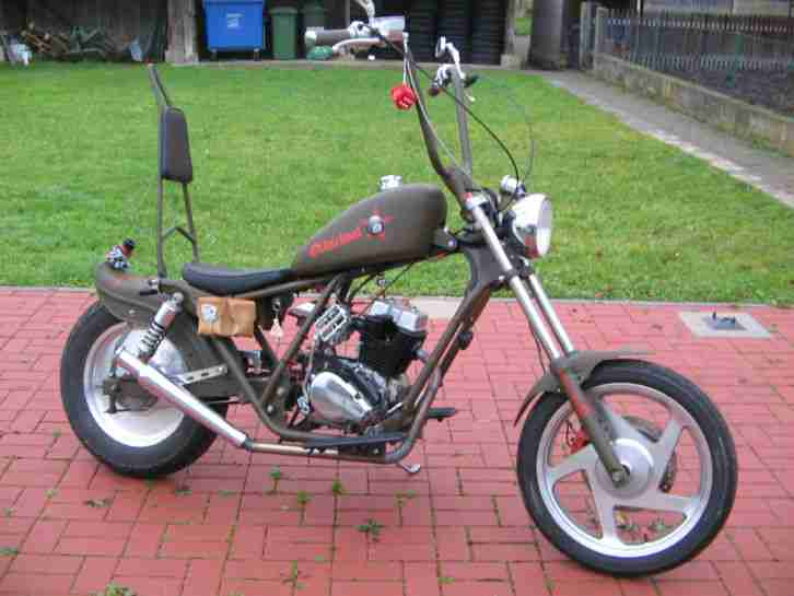 chopper bobber custom bike mit 125 ccm f r bestes. Black Bedroom Furniture Sets. Home Design Ideas