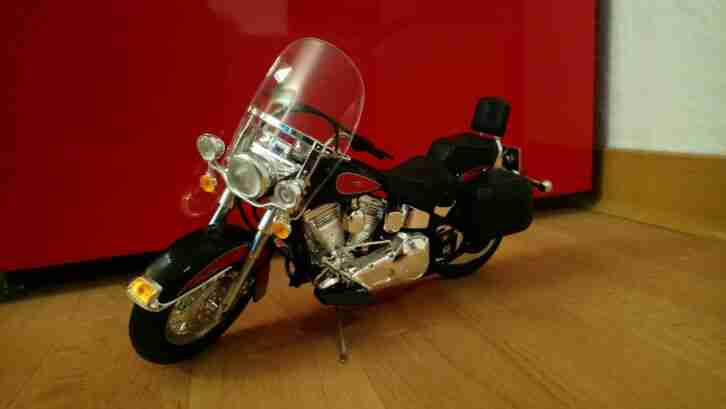 Custom Classic Kopie einer Harley Davidson Heritage Softai Classic