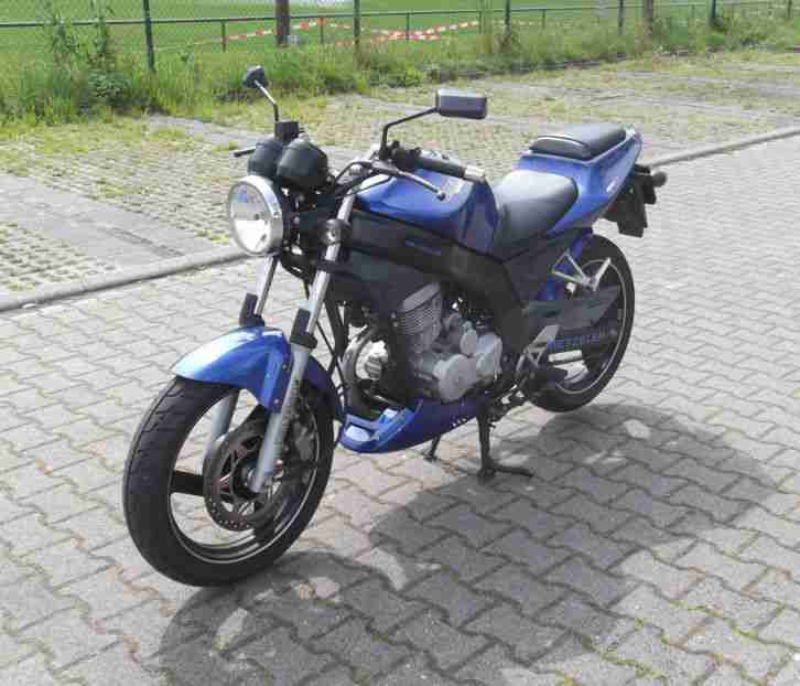Daelim Roadwin VJ 125 blau original Motorrad Leichtkraftrad A1 Naked