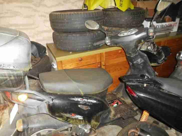 Diverse Motorroller, verschiedenen Hersteller