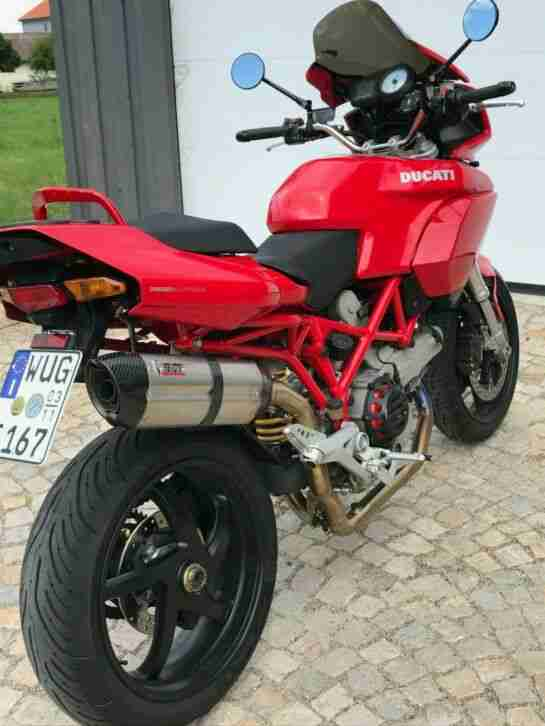 Ducati 1000 DS