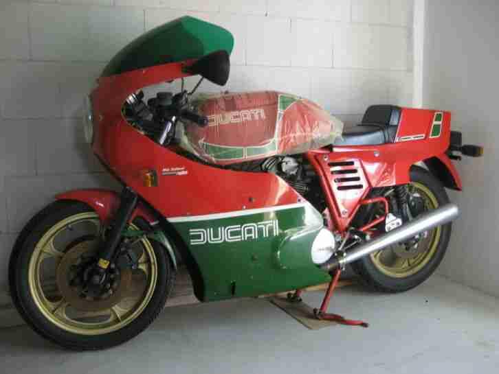 Ducati 900er Mike Hailwood Replica, Oldtimer