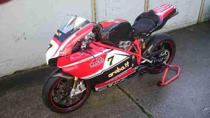 Ducati 999 S racing