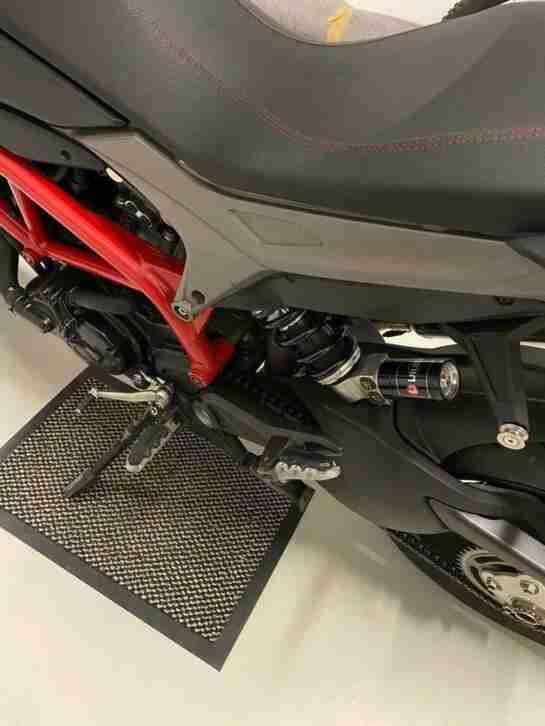 Ducati Hypermotard Hyperstrada Top Zustand Scheckheft wenig Km TOP wie Neu