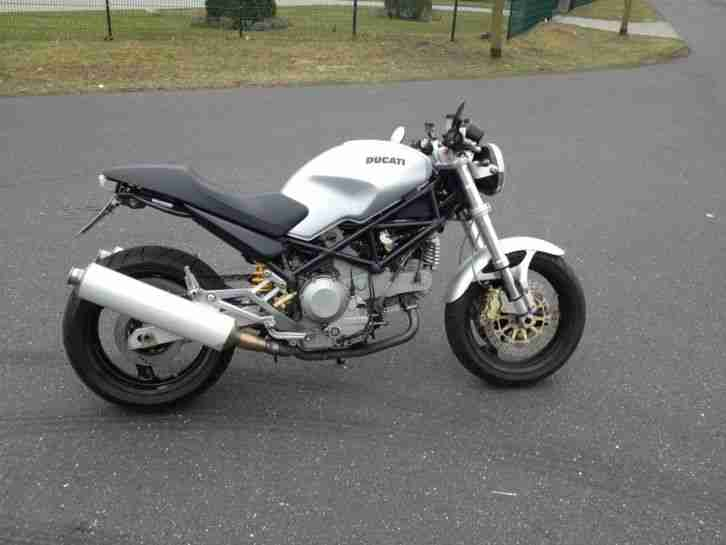 Ducati Monster 1000ie Dark DS