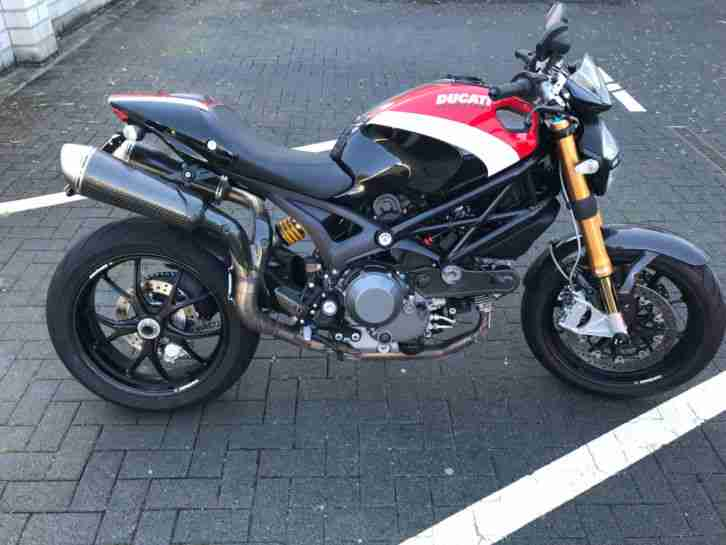 Ducati Monster 1100 S Öhlins , STM Anti Hopping , Termignoni etc..