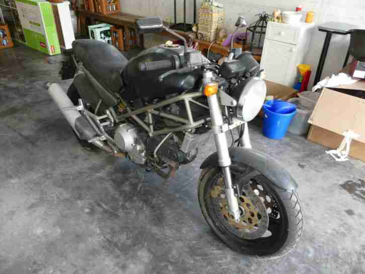 Ducati Monster M900 defekt Bastlerfahrzeug BJ94 17,2tkm