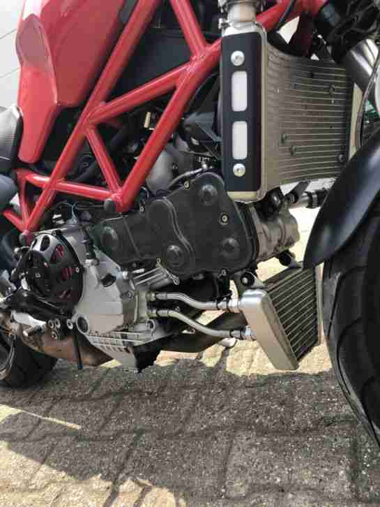 Ducati Monster S4R Carbon Termignoni