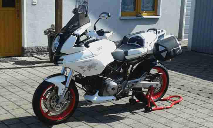 Ducati Multistrada DS 620