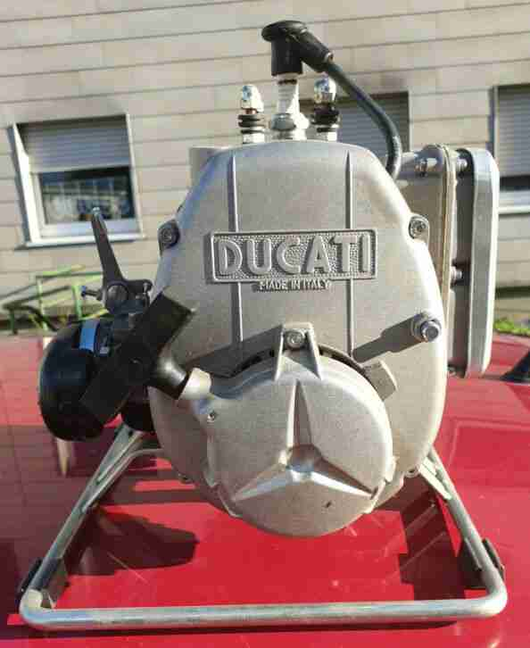 Ducati Wasserpumpe, für den Keller, oder Garten, Pompa di aqua 2tempi