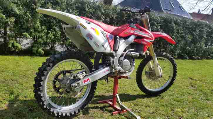 HONDA CRF250R 4 TAKTER TOP ZUSTAND RED BULL CROSS VOLLCROSS CRF 250 R