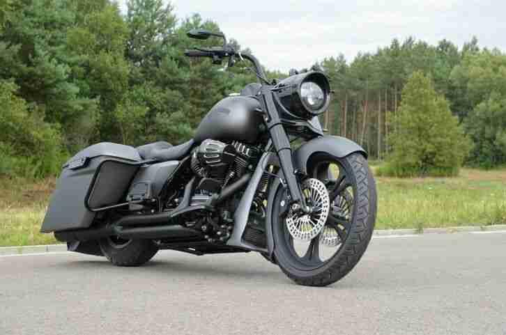 Harley Davidson FLHR Road King 21 Bagger Grey Matt bj.2015 Stage III Air Ride