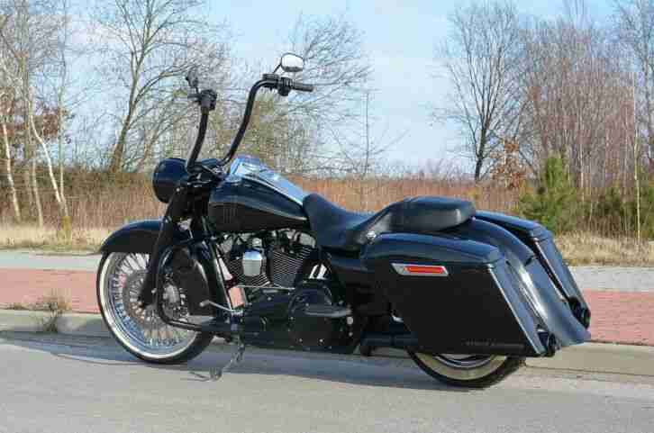 Harley Davidson FLHRC Road King Chicano Bagger 21 Fat Spoke ABS Perfekt