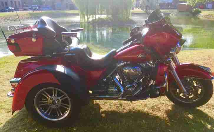 Harley Davidson FLHTCUTG Tri Glide Ultra, Trike, top gepflegt !!