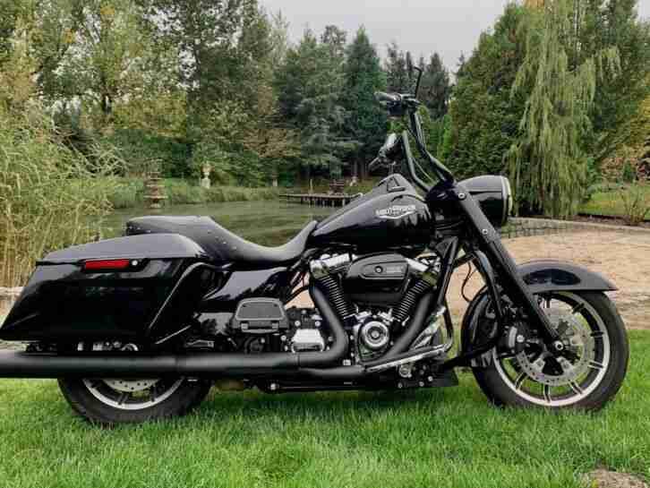 Harley Davidson Road King 107Q 2017