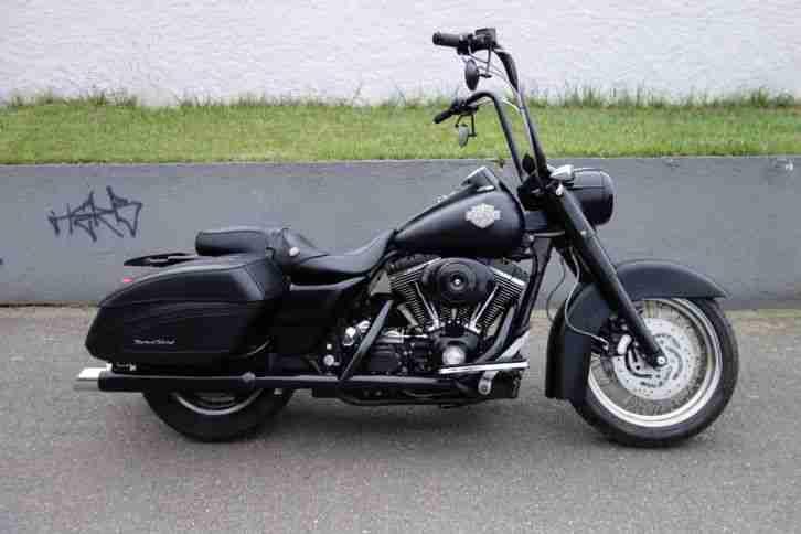 Harley road king custom bagger