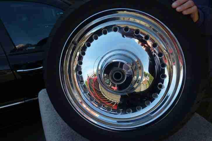 Harley Fat Boy v 2012 orig, Chromrad mit Reifen vorne