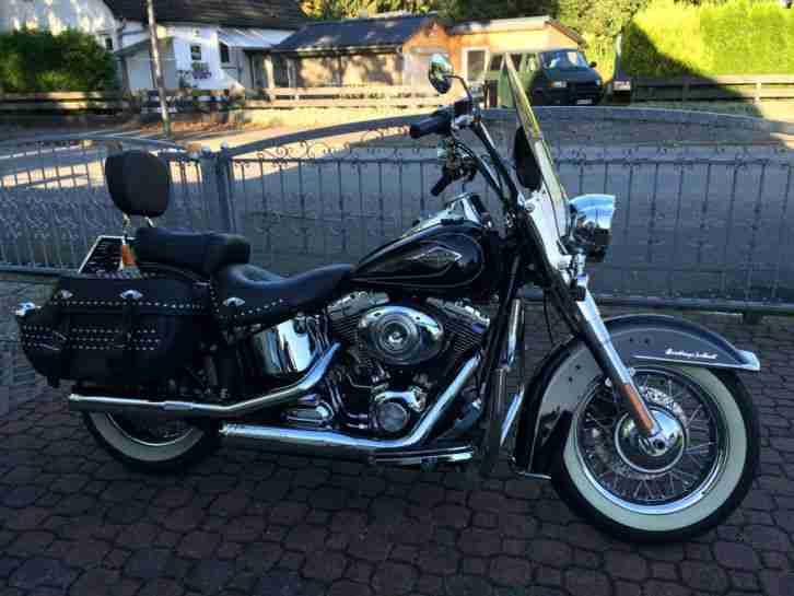 Harley Heritage Softail Classic deutsche Erst.2009 2.Hand 8.300 km. neuw.Zstd.