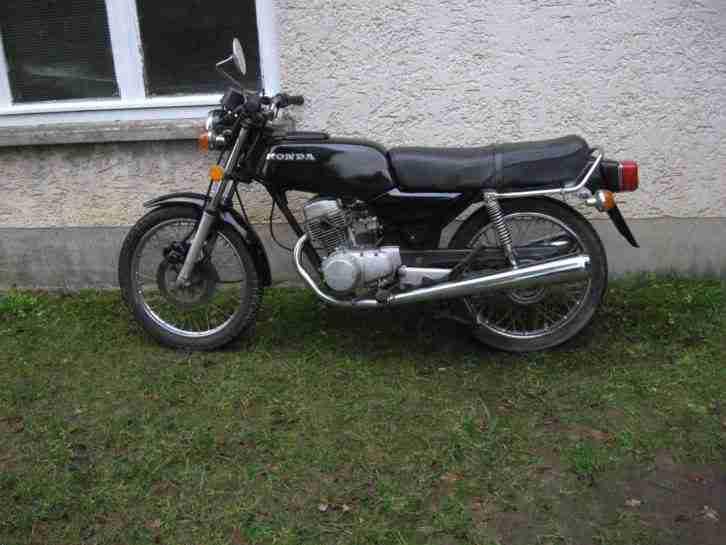 Honda CB 125 Twin Oldtimer BJ79 zum restaurieren