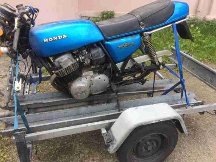 Honda CB 750 Four Serie Supersport Model F1 Bastlerfahrzeug Scheunenfund