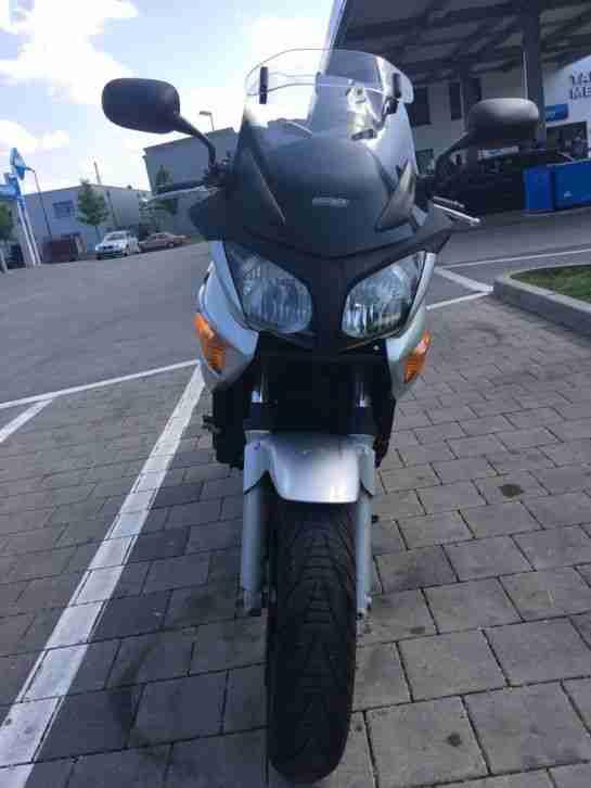 Honda CBF 600 SA Baujahr 2004