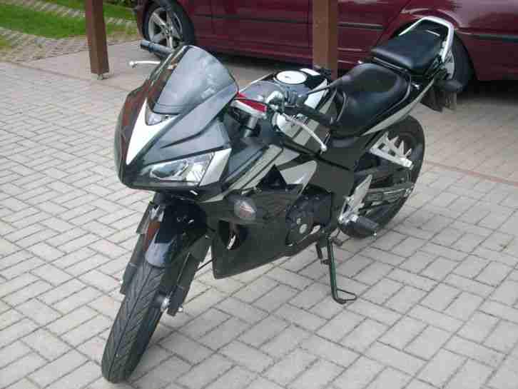 bestes angebot von kawasaki deutschlands gro es moto auto. Black Bedroom Furniture Sets. Home Design Ideas