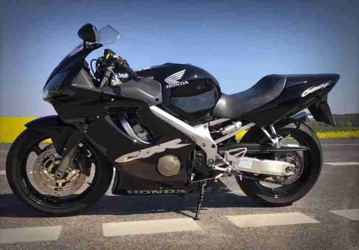 Honda CBR 600f pc35 in schwarz