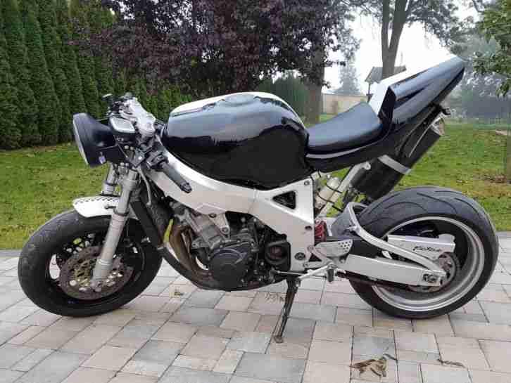 Honda CBR 900 Fireblade SC29 Streetfighter 10tkm black white Naked bike custom