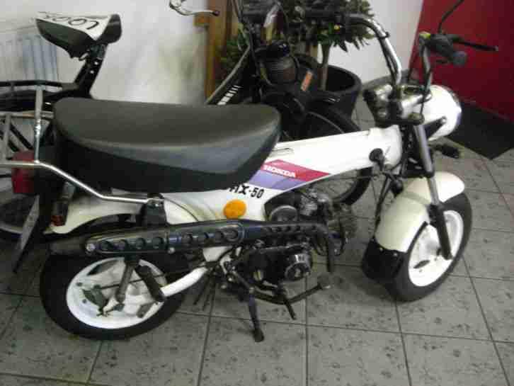 Honda Dax AB 23 ST50, EZ 1991 Top Zustand, orig. 4483 km