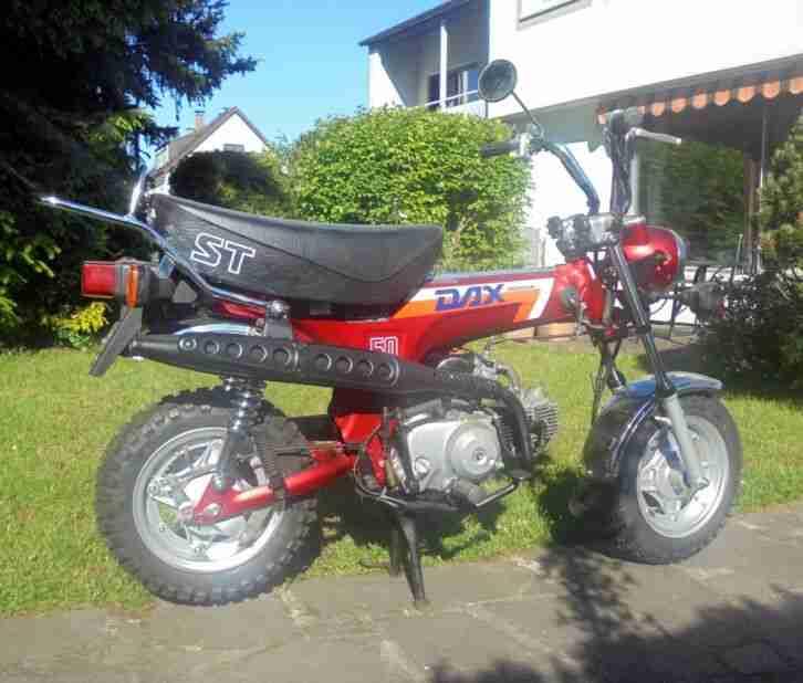 Honda Dax ST 50 AB 23