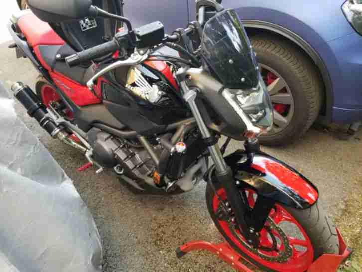 Honda NC750S LED SHORTY 677KM DCT TOP MOTORRAD MOTO GP Heckumbau Sportpott