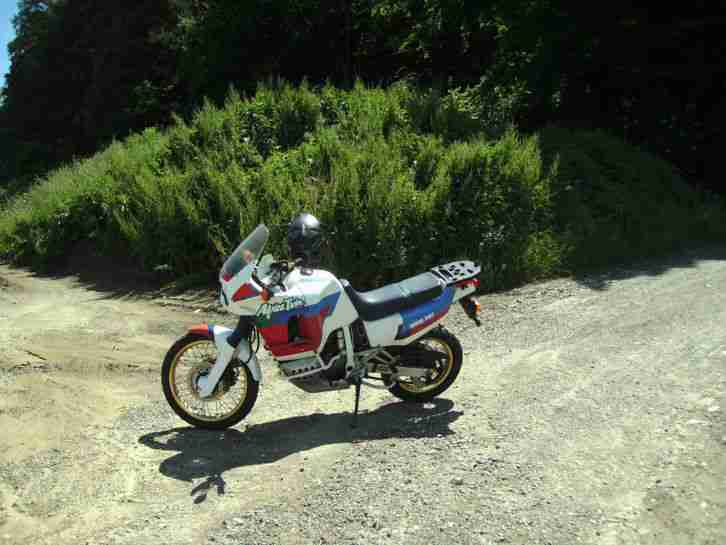XRV750 RD04 Africa Twin