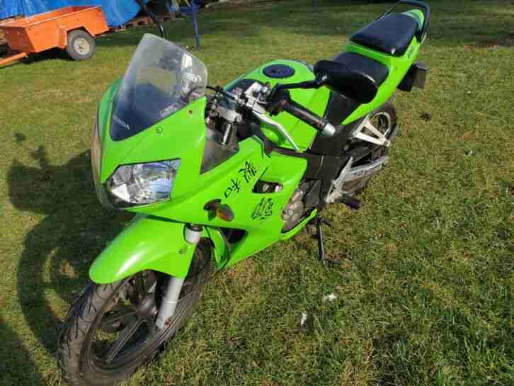 Honda cbr 125 Ninja , NO Yamaha DT , Kawasaki green Lackierung