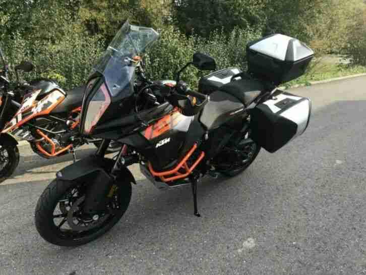KTM 1290 Super Adventure S NEU mit nur 14 km