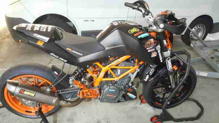 KTM 390 Duke Rennstrecke