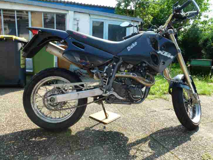 DUKE 620E 4th Edition LC4 SUPER MOTO