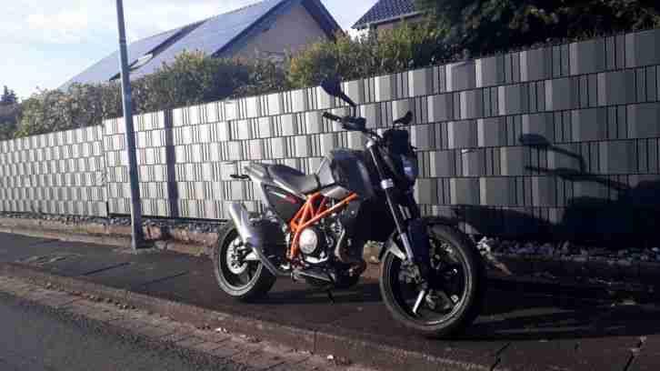 KTM Duke 690 BJ 2012 mit ABS sehr guter Zustand