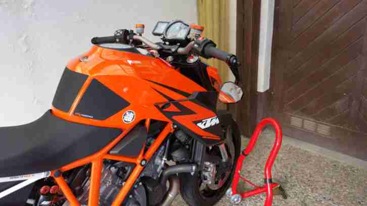 KTM Super Duke 1290 R 2014 Akra WP usw.