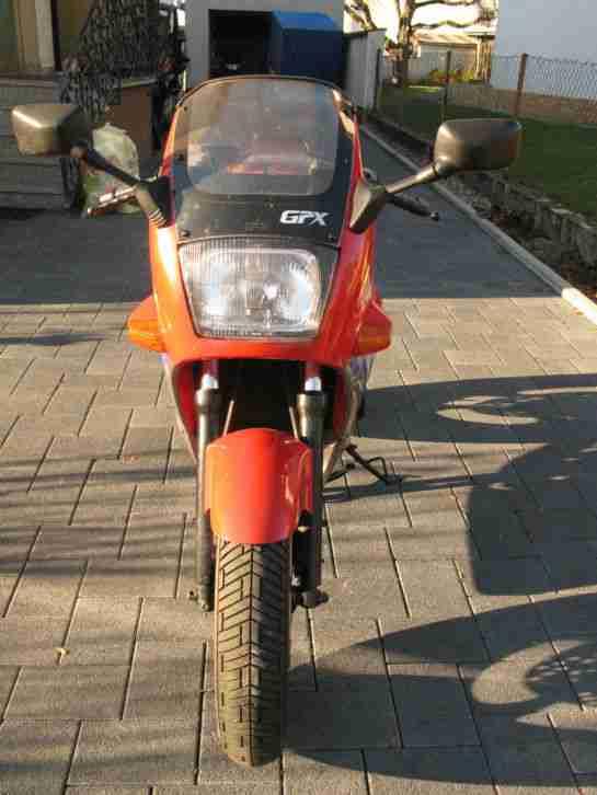 Kawasaki GPX 600 R in TOP Zustand mit neuem HR
