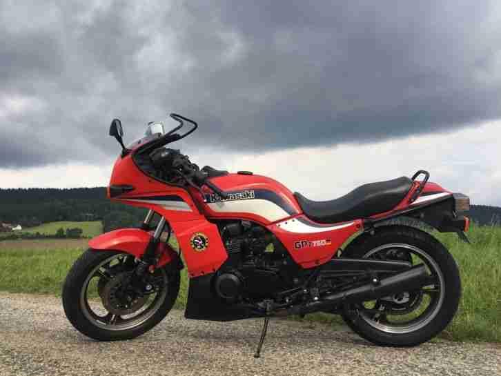 Kawasaki GPZ 750 UT   motorradteile-bielefeld.de