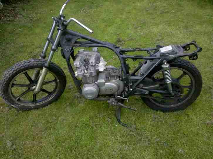 Kawasaki KZ650 B Rahmen mit Brief ohne Motor Cafe Racer Coustom Bike